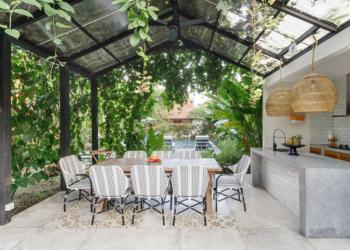 Quelles différences entre pergola et tonnelle de jardin ?