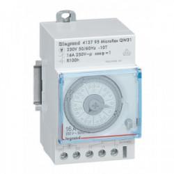 Interrupteur horaire analogique hebdomadaire 3 modules de marque LEGRAND, référence: B1242600