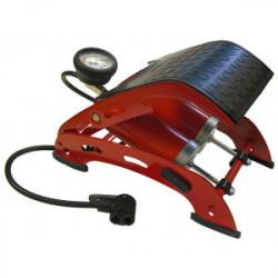 Pompe à pied double cylindre avec manomètre de marque FAITHFULL, référence: B4094400
