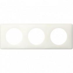 Celiane plaque 3 postes yesterday blanc de marque LEGRAND, référence: B4335000