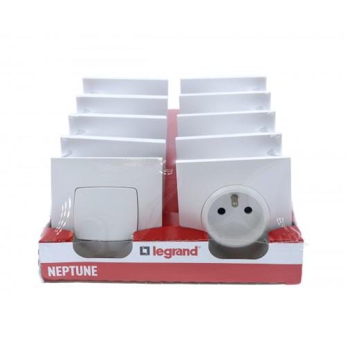 legrand neptune lot 2 interrupteurs 8 prises 2p t. Black Bedroom Furniture Sets. Home Design Ideas