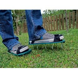 """Patins aérateur de pelouse """" Aerator"""" de marque NORTENE , référence: J4676300"""