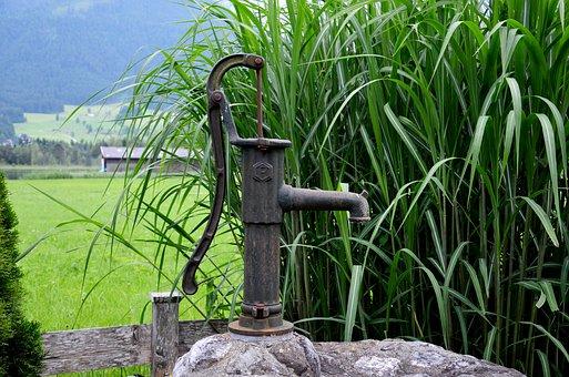 La pompe de jardin manuelle